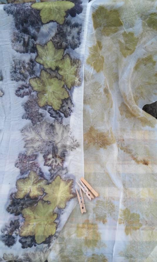 zijden sjaaltjes met ecoprint